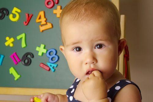 Come stimolare lo sviluppo cognitivo di vostro figlio