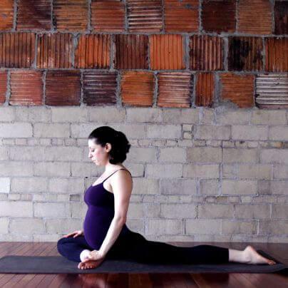 Lo yoga in gravidanza è molto utile