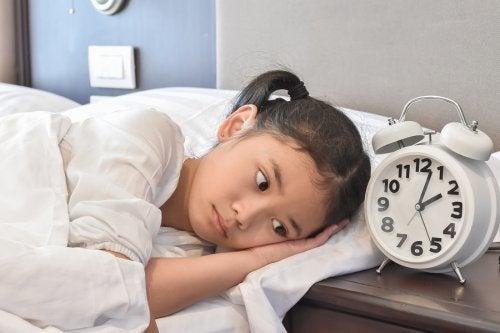 i bambini hanno bisogno di dormire più a lungo degli adulti