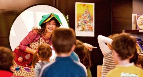 Da bravi cantastorie trasmetterete a vostro figlio la fiducia e gli insegnerete a non avere paura del palcoscenico