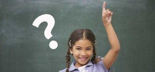 I bambini vogliono sapere il perché di tutto perché stanno esplorando il mondo