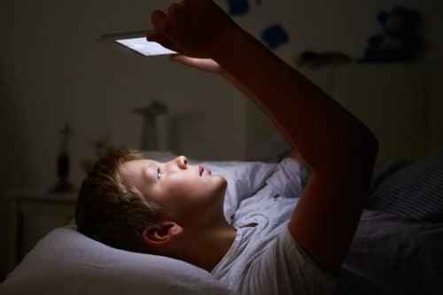 I disturbi dei bambini che vanno a dormire tardi