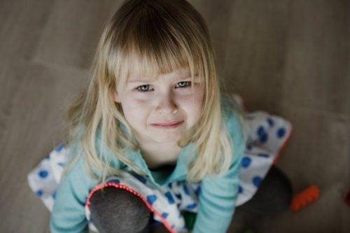 Conseguenze di una mancanza di affetto nell'infanzia