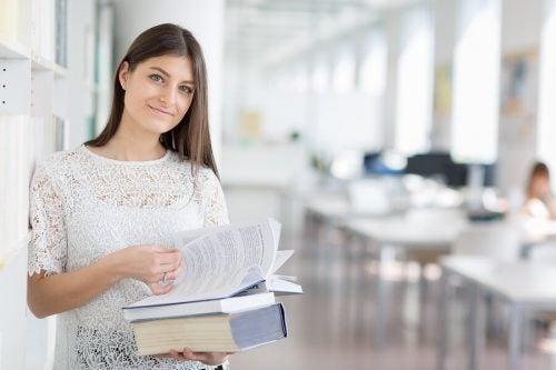 Essere madre e studiare allo stesso tempo: come fare?