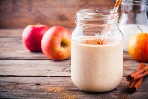 La mela è uno degli alimenti che favoriscono la concentrazione durante lo studio