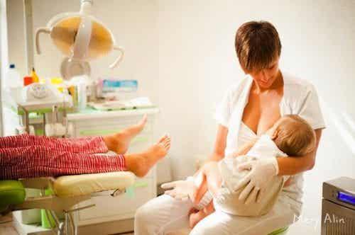 Il lavoro, la prima causa di abbandono dell'allattamento
