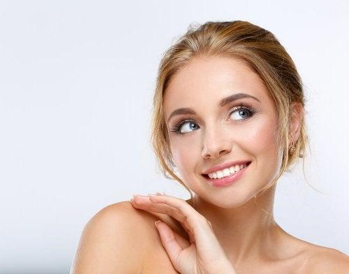 Farsi belle quando non si ha tempo significa seguire un'alimentazione sana perché la pelle ne benefici