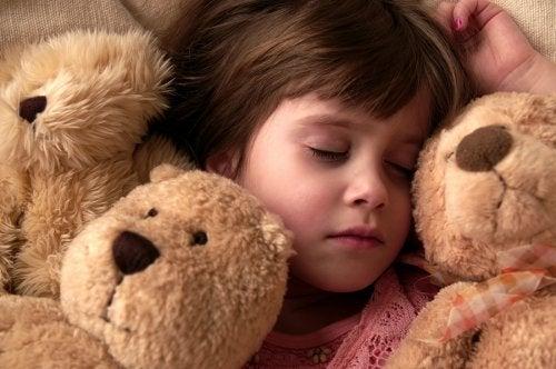 Bambina che sogna