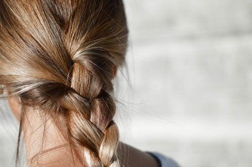 lavarsi i capelli tutti i giorni aiuta a farli mantenere la loro lucentezza naturale