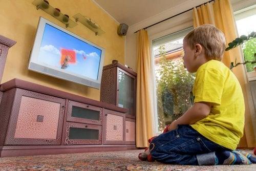 trascorrere molto tempo di fronte allo schermo può essere nocivo
