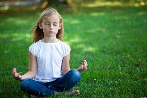 la meditazione aumenta la capacità di concentrarsi durante periodi di tempo prolungati