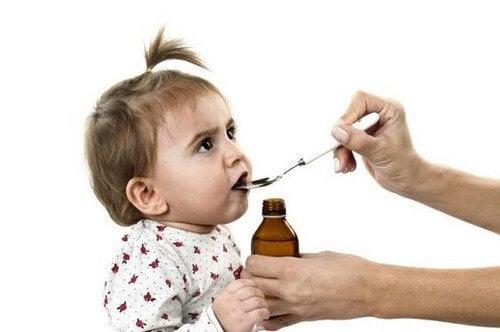 Codeina: perché se ne proibisce l'uso nei bambini
