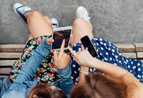 Dipendenza da YouTube negli adolescenti: cosa fare?