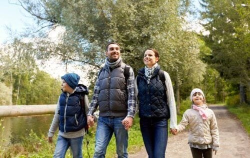 Benefici del trekking in famiglia