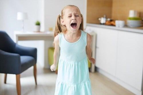 Come comportarsi con i bambini irrequieti: 6 consigli utili
