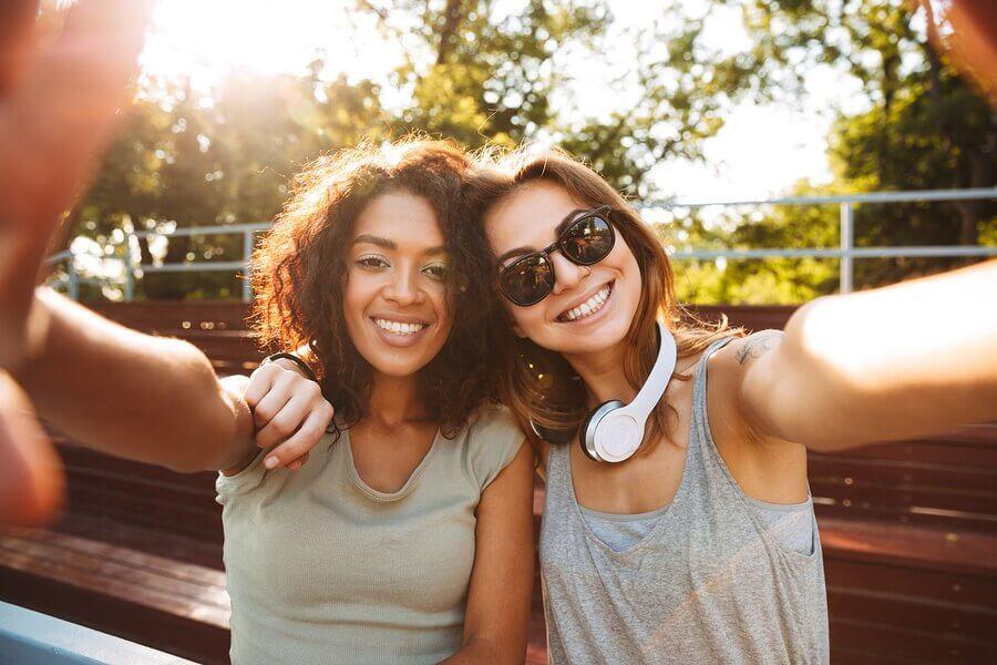 Adolescenti e relazioni sane