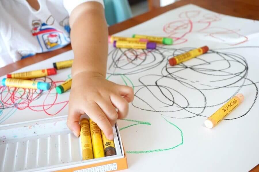 la scelta dei colori fatta dai bambini può dire molto sul loro stato d'animo