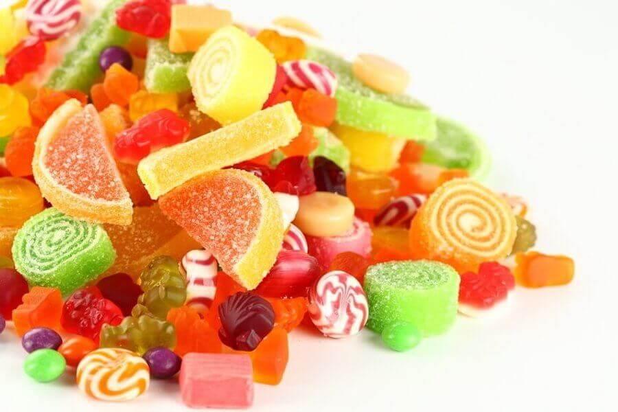 l'intolleranza al saccarosio impedisce di metabolizzare gli zuccheri presenti nel cibo