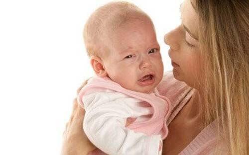 Ecco che fare se il neonato non smette di piangere