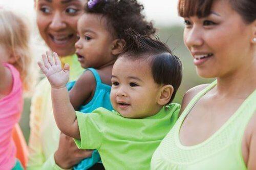 Molte donne si ritrovano ad affrontare il problema di conciliare maternità e università