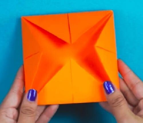 Preparazione di un gioco origami indovino