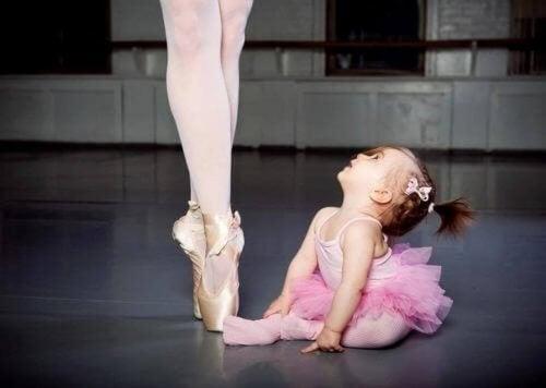 Scopriamo i benefici della danza per i bambini