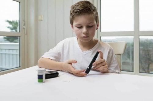 controlli regolari nel diabete infantile