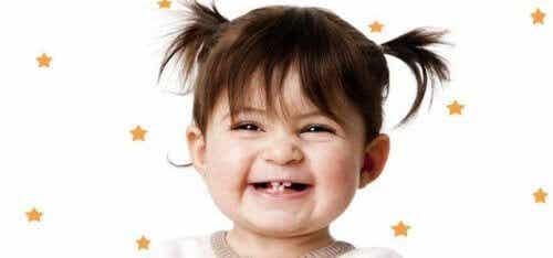 Tutto quello che dovete sapere sui denti da latte