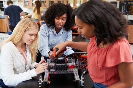 Donne STEM che lavorano