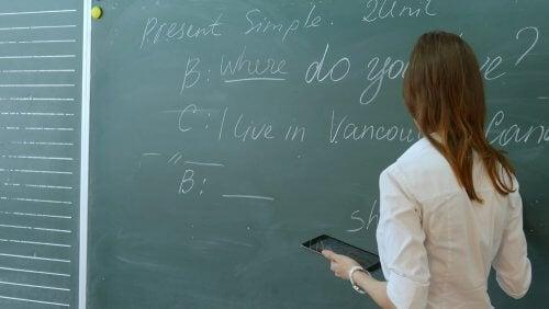 lezioni delle applicazioni per imparare l'inglese