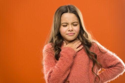 la stanchezza vocale è il primo sintomo di eventuali noduli e polipi alle corde vocali