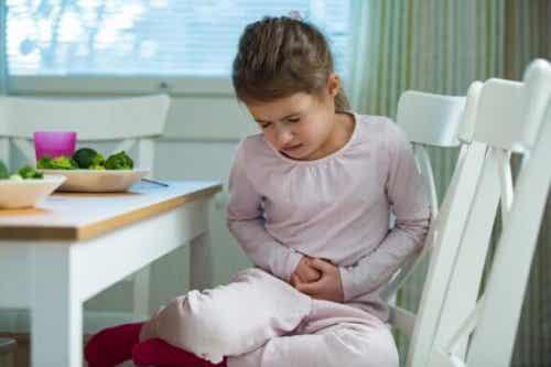 Indigestione nei bambini: che fare?