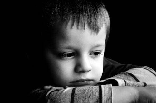 come un bambino vive la separazione dei genitori