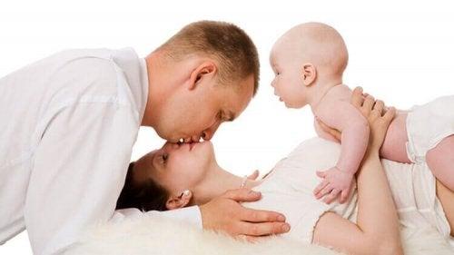 genitori con figlio