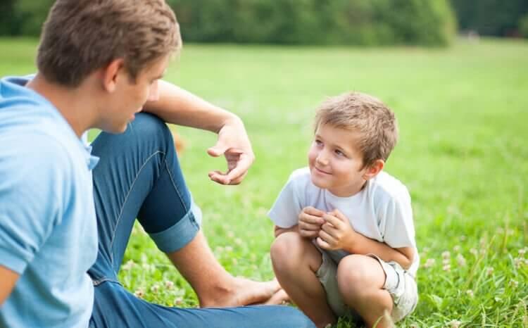 Quando parlate con vostro figlio guardatelo negli occhi