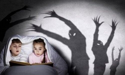 Come raccontare le storie di paura ai bambini?