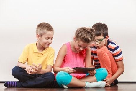 Iniziare sui social network da bambini