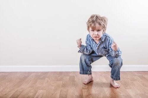 le stereotipie motorie possono presentarsi nella prima infanzia