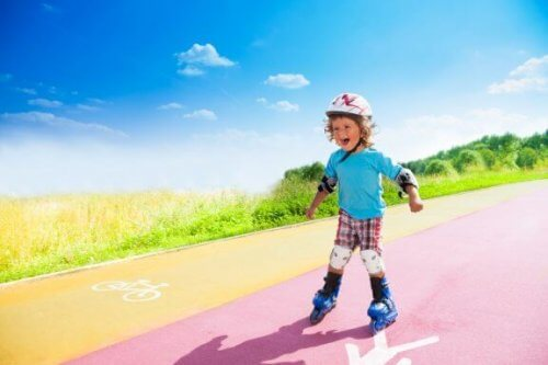 Come insegnare ad un bambino ad andare sui pattini in linea