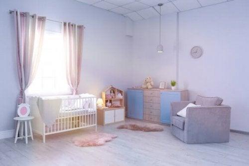 6 buone idee per la cameretta del neonato