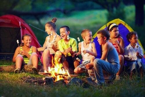 Come organizzare le vacanze dei vostri figli se state lavorando?