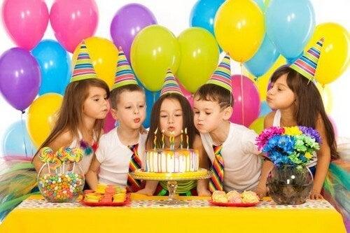 6 giochi per le feste di compleanno dei bambini