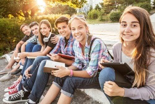 Perché gli adolescenti sono più influenzabili?