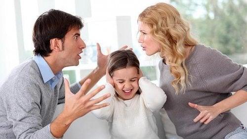 Secondo uno studio spesso il marito stressa più dei figli