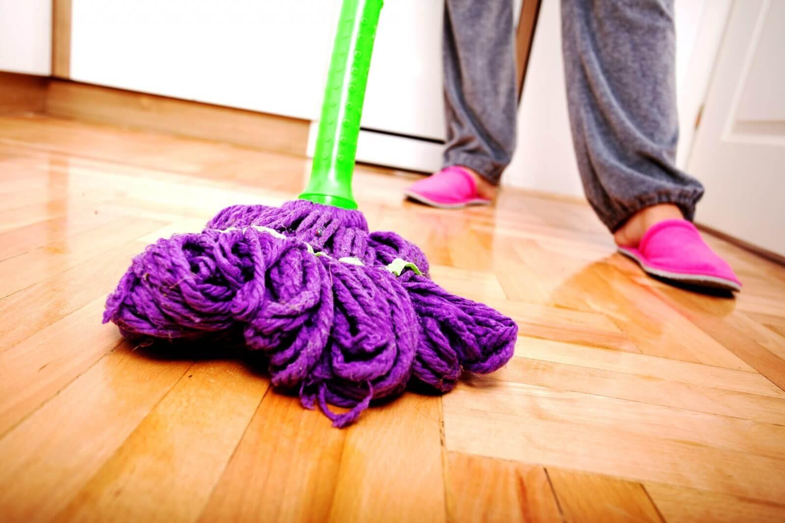 Organizzare le pulizie di casa dopo l'arrivo del bebè