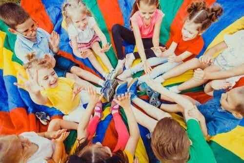 Come organizzare le vacanze dei figli se lavorate