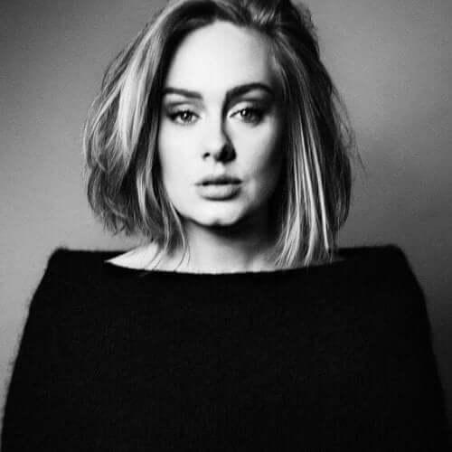 La cantante Adele racconta della sua depressione post-partum