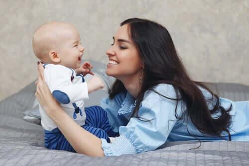 il baby talk serve a migliorare la comprensione comunicativa da parte del bambino