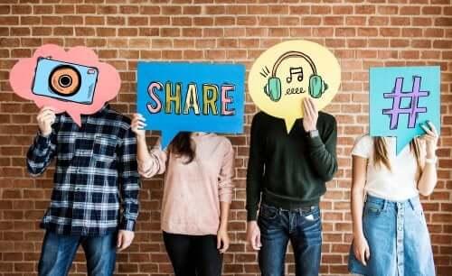 Controllare i social network dei figli: sì o no?