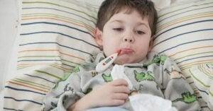 Bambino con raffreddore